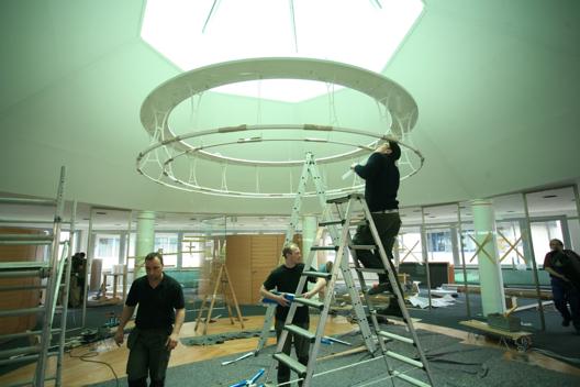 ENDLIGHT Lichtobjekte GmbH - Leistungen - Montage von Leuchten und Lichtsystemen