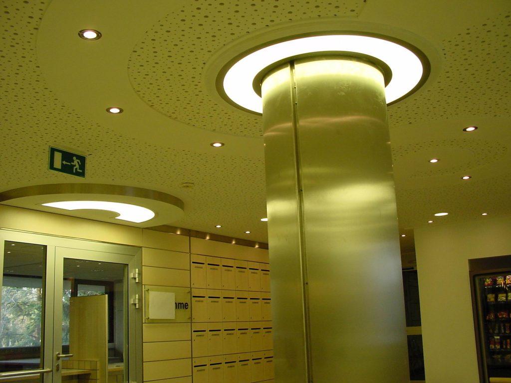 LED Round&Round multicolor Deckenleuchten - Klinikum Holweide 02