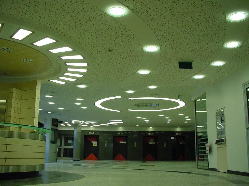 LED Round&Round multicolor Deckenleuchten - Klinikum Holweide 03
