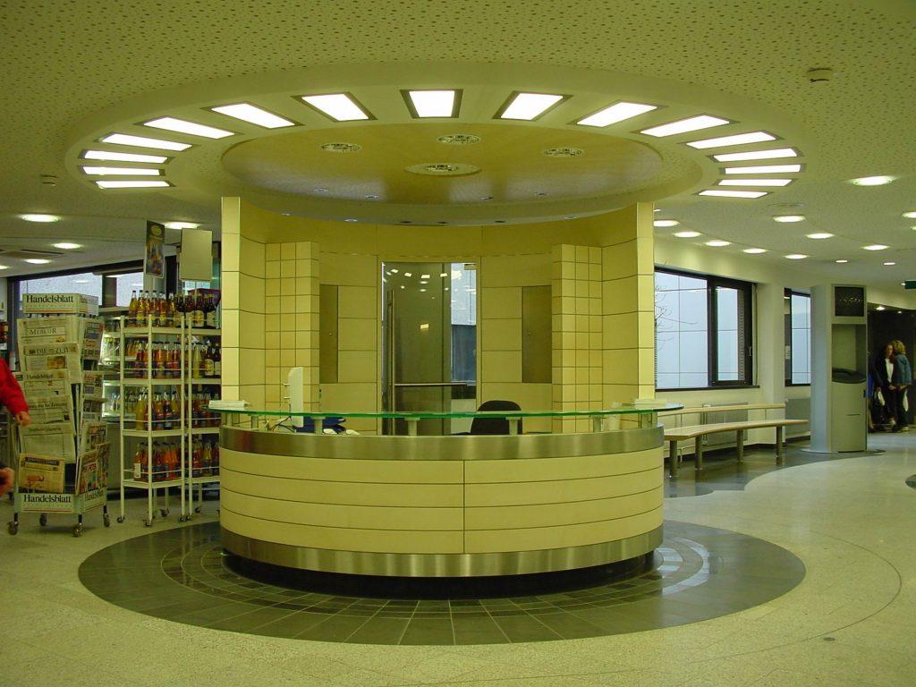 LED Round&Round multicolor Deckenleuchten - Klinikum Holweide 06