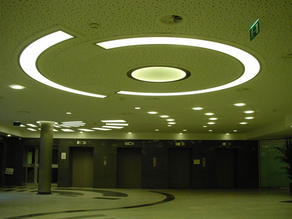 LED Round&Round multicolor Deckenleuchten - Klinikum Holweide 07