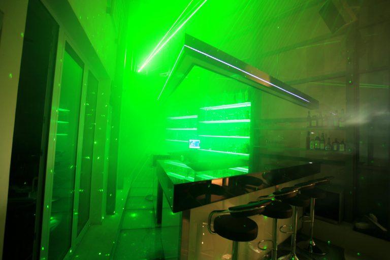 Sonderlichtsystem mit LED multicolor Lauflicht und Tunable White LED-Technik