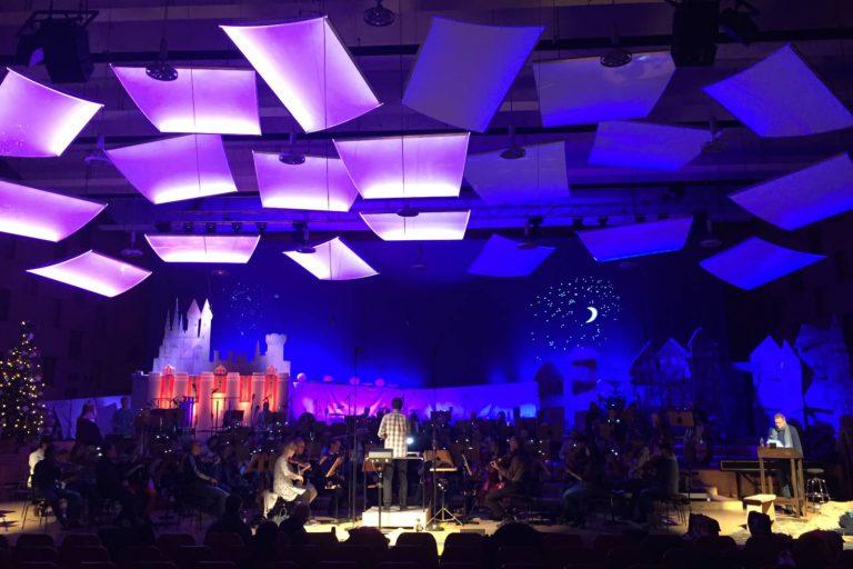LED Lichtsegel mit multicolor LED im NDR Landesfunkhaus Hannover