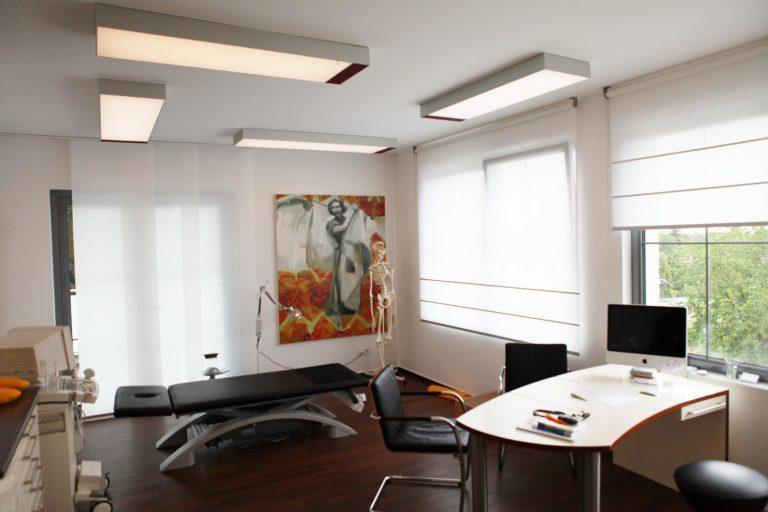 LED SHUTTLE Lichtdecken mit Spanntuch und Tunable White LED-Technik im Prävent Centrum Dortmund